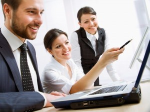 Team-Arbeit / Jobs (Bild: Shutterstock)